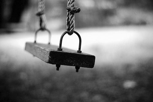 alone-amusement-balance-black-and-white-favim-com-536435