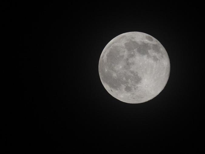 moon-1740248_960_720