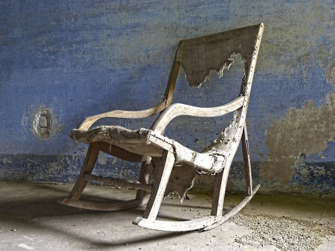 rocking-chair-1270168_960_720
