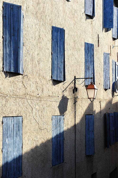 persiennes bleues
