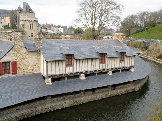 Vannes_39006_Les-vieux-lavoirs