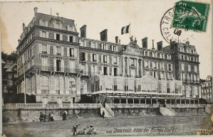 Trouville-Hotel-des-roches-noires-9